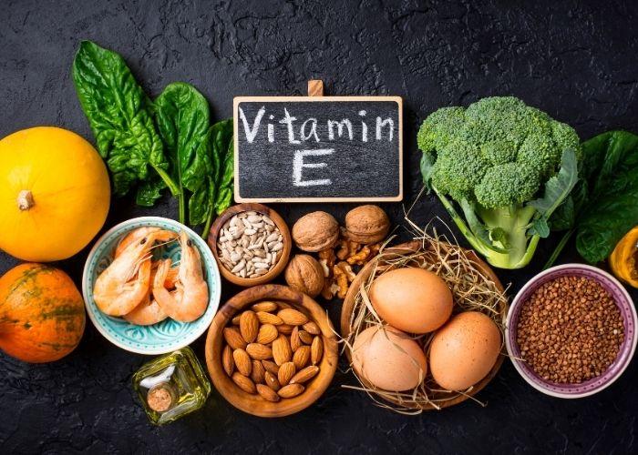 vitamina e pelle grassa